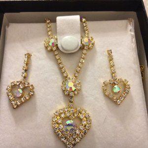 Aurora Borealis Heart Necklace & Matching earrings